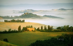Обои Поля Италии: Поля, Туман, Италия, Прочие пейзажи