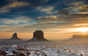 Обои Пустыня Аризоны: Пустыня, Солнце, Скалы, Утро, Аризона, Прочие пейзажи