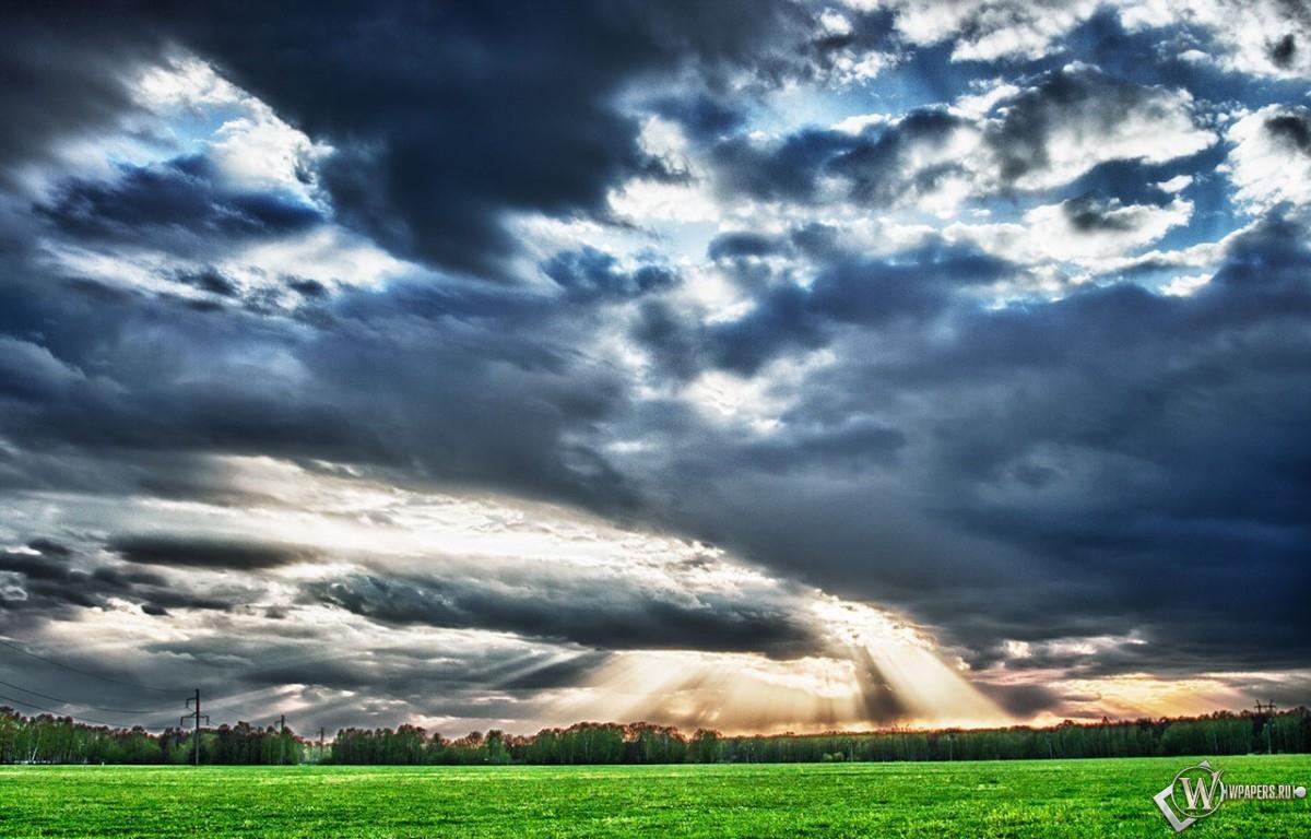 Небо над полем 1200x768