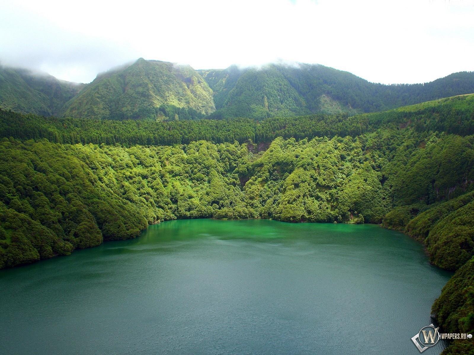 Озеров горах 1600x1200