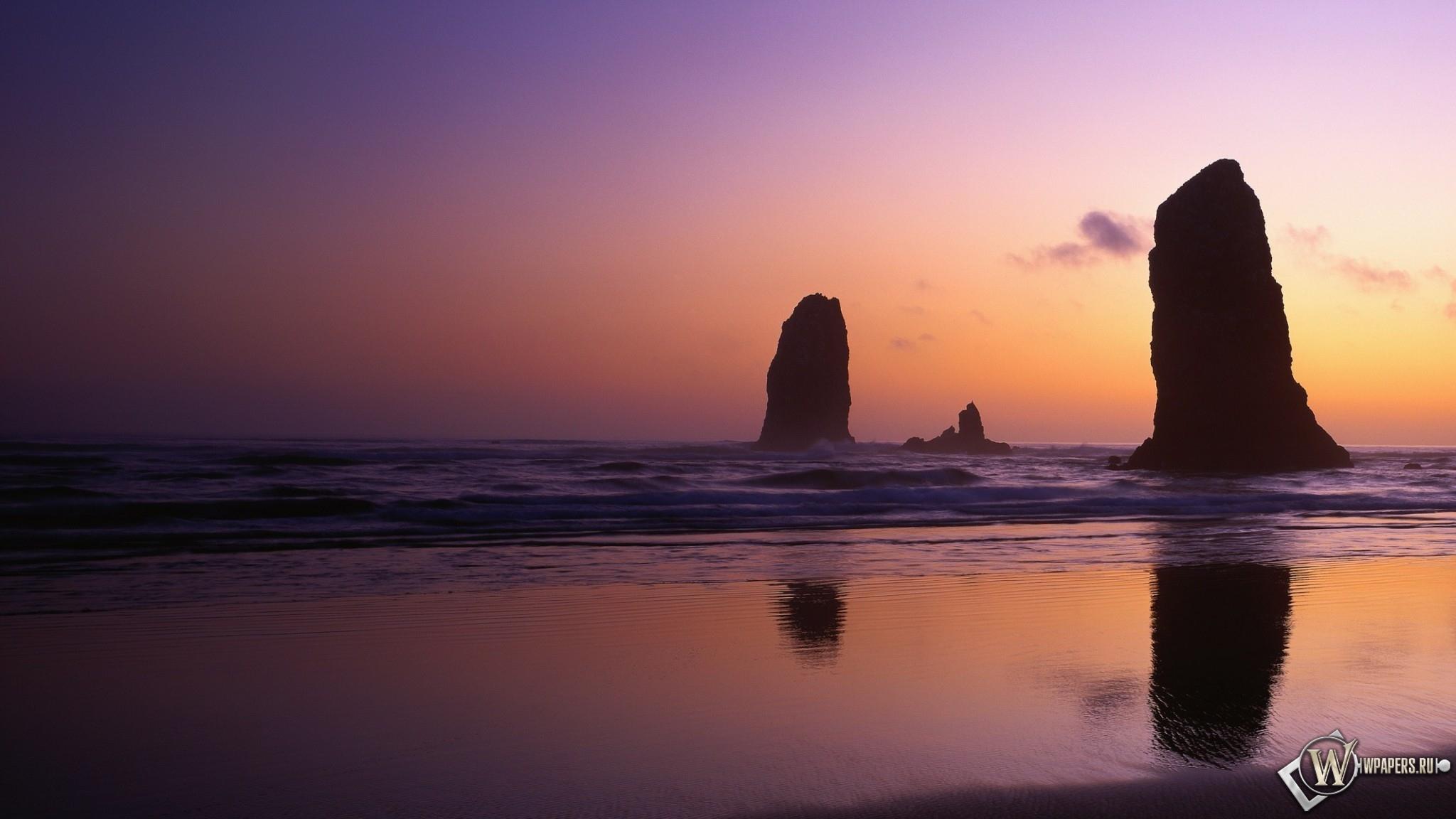 Скалы у берега 2048x1152