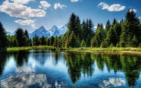Обои Красивое озеро: Облака, Отражение, Деревья, Озеро, Небо, Прочие пейзажи