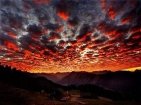 Обои Красные облака: Облака, Красный, Прочие пейзажи