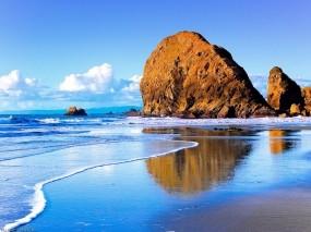 Обои Скалы у моря: Волны, Море, Скалы, Природа