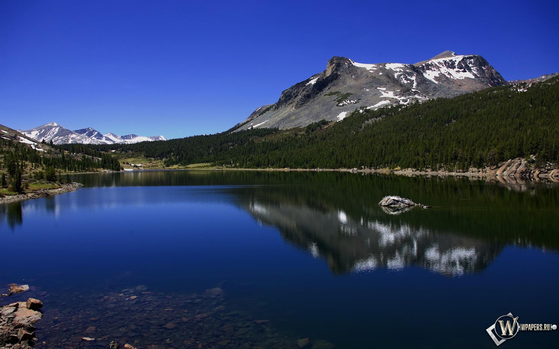 Горное озеро 1920x1200