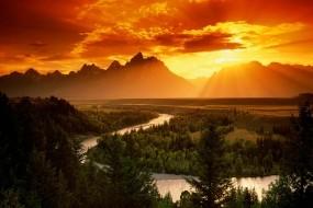 Обои Закат в горах: Река, Горы, Закат, Природа