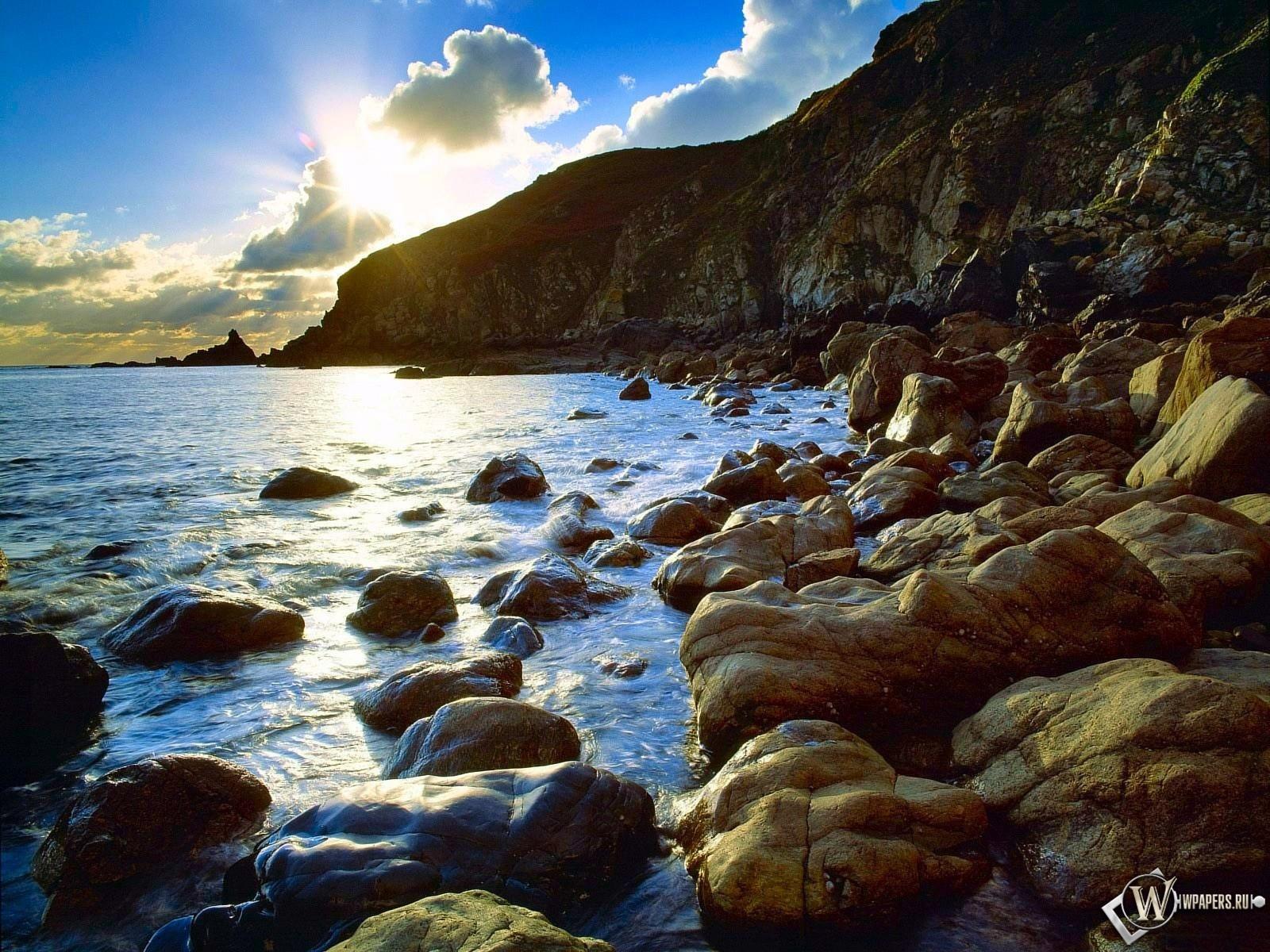Морские скалы 1600x1200