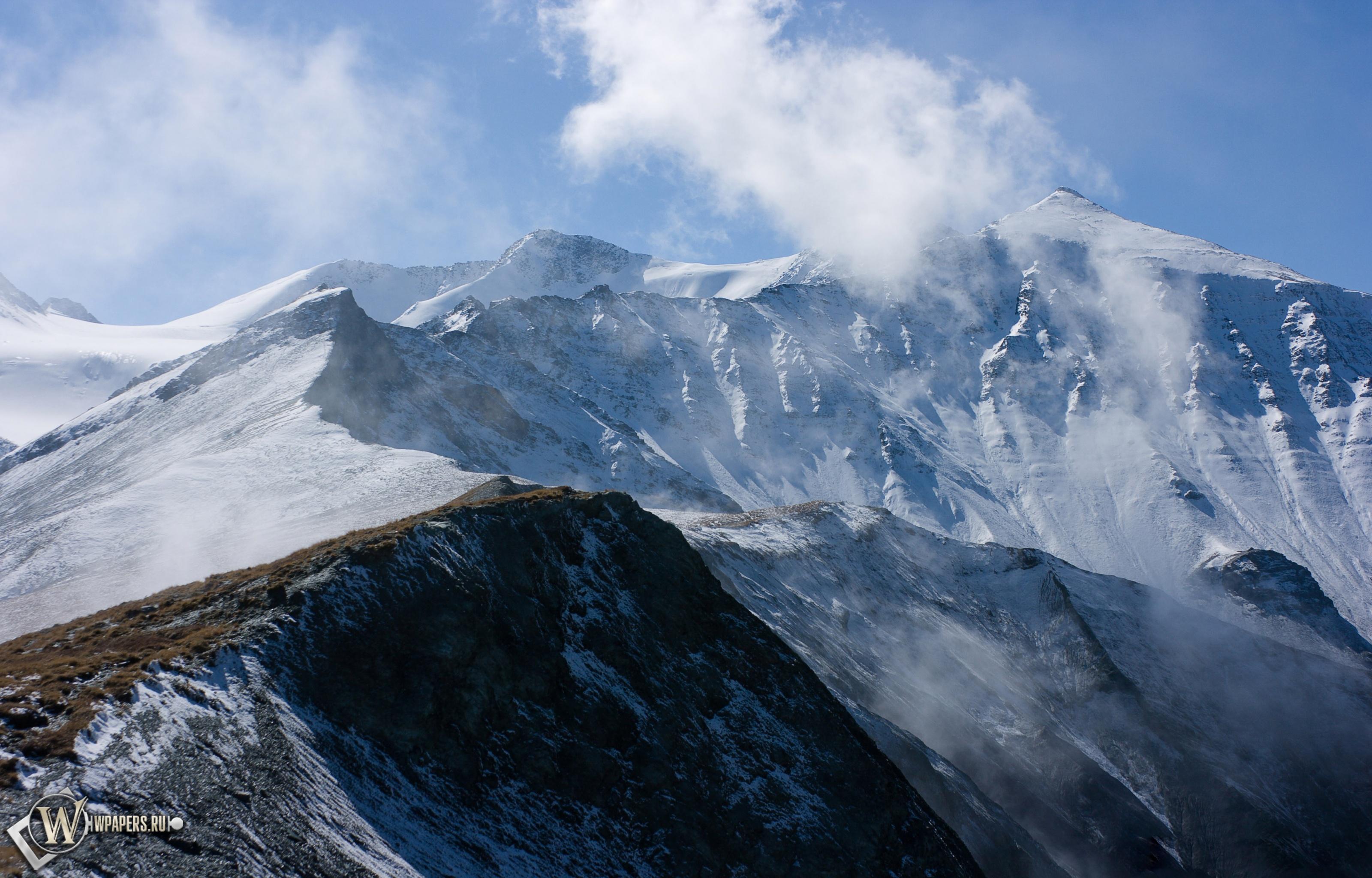 Заснеженые холмы 3200x2048