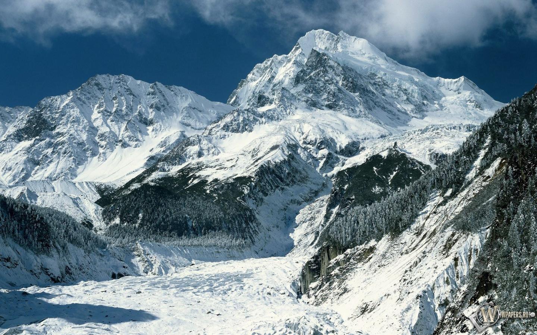 Зимние горы 1440x900