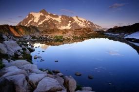 Обои Озеро в горах: Горы, Камни, Озеро, Прочие пейзажи