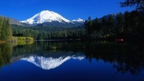 Обои Lake Mountain Resort: Горы, Красота, Небо, Горы