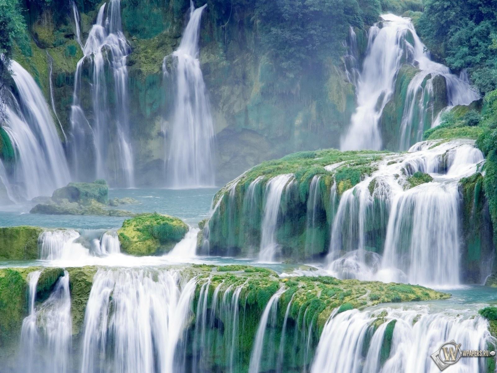 Живописный водопад 1600x1200