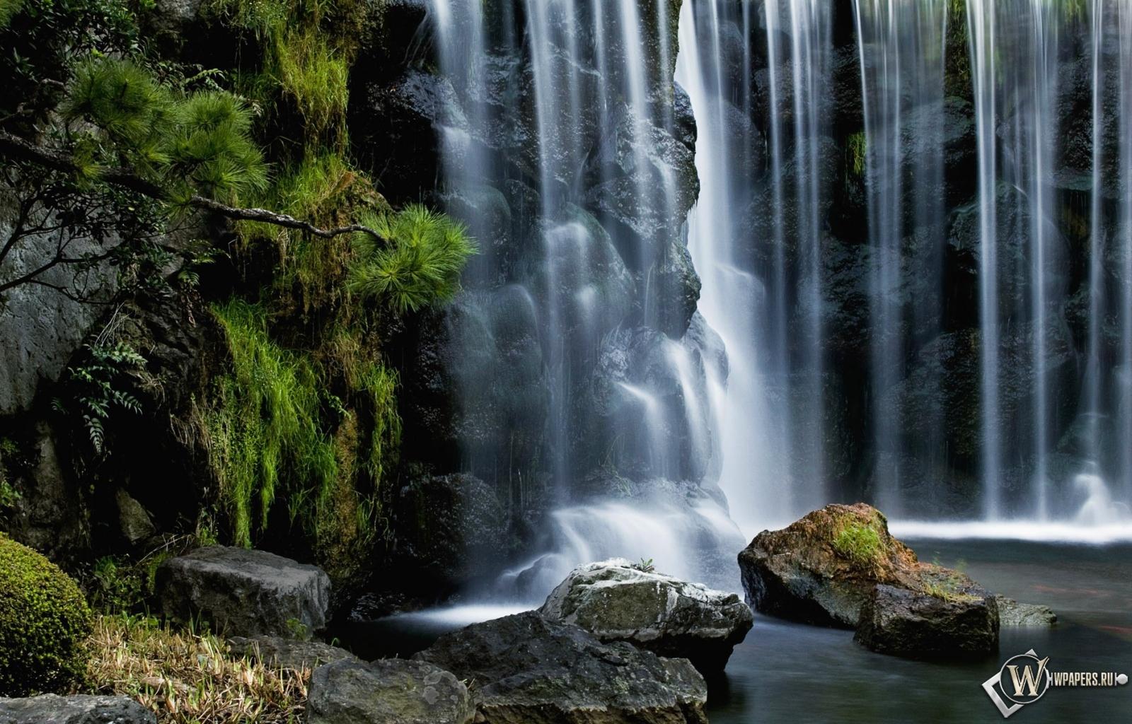 Водопад 1600x1024