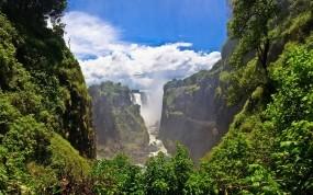 Горный водопад