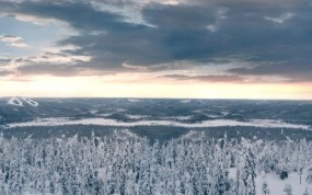 Обои Зимние облака: Облака, Зима, Снег, Лес, Деревья, Зима