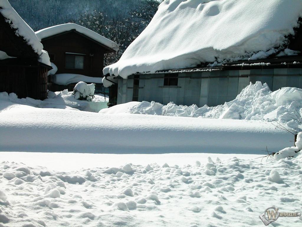 Домишки в снегу 1024x768