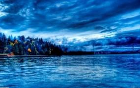 Обои Blue water scenery: Вода, Тучи, Небо, Синий, Пейзаж, Вода и небо