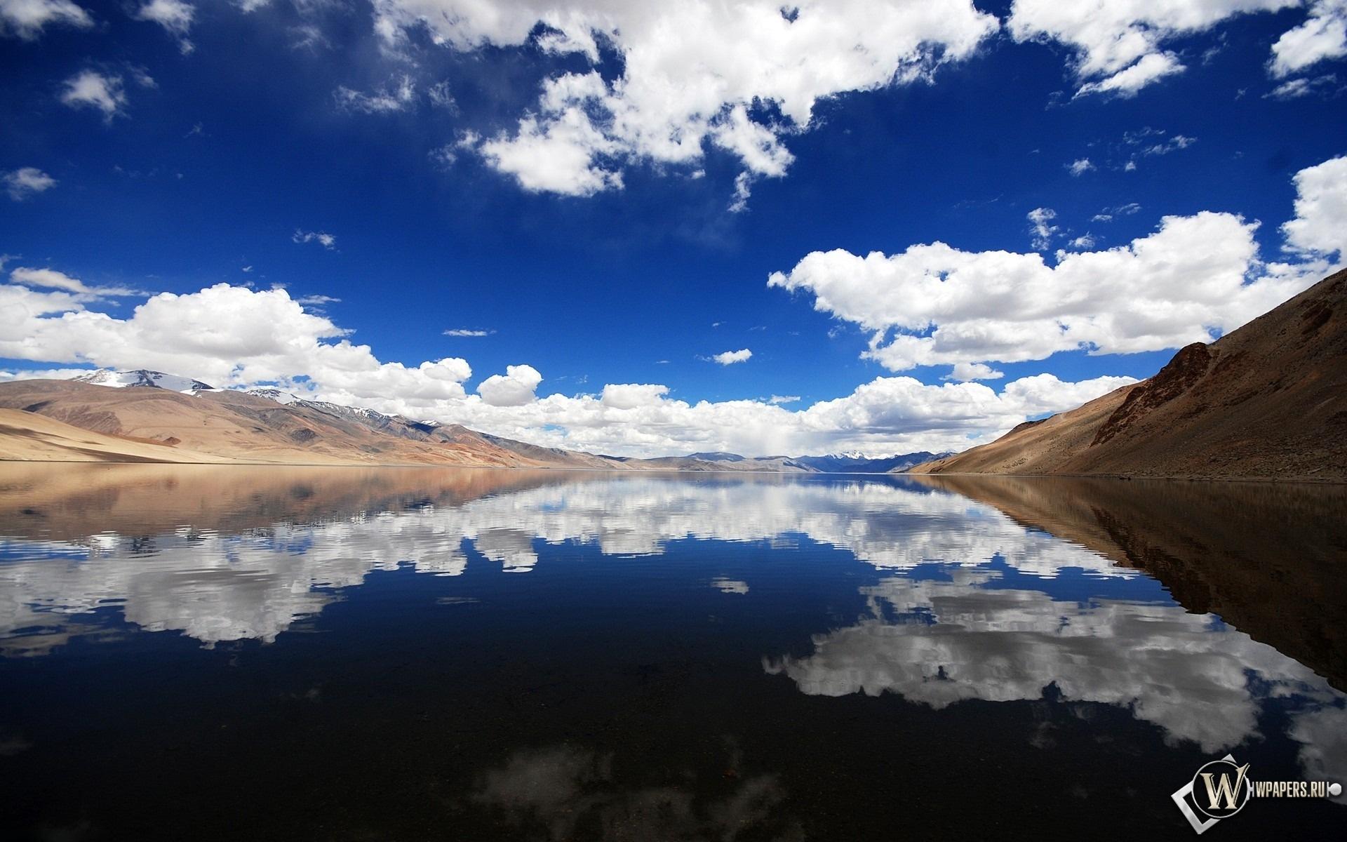 отражение в воде 1920x1200