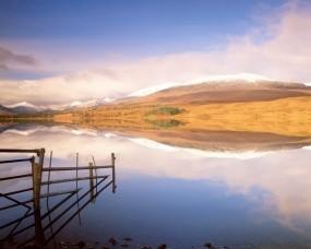 Обои Озеро и горы: Горы, Отражение, Озеро, Вода и небо