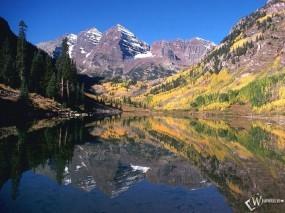 Обои Maroon Bells: Горы, Озеро, Колорадо, Вода и небо