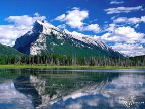 Обои Mount Rundle: Горы, Вода и небо