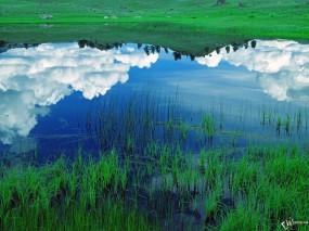 Обои облака в озере: Облака, Озеро, Весна, Вода и небо