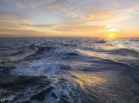 Обои Восход на море: , Вода и небо