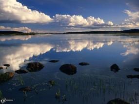 Обои Небо над рекой: , Вода и небо