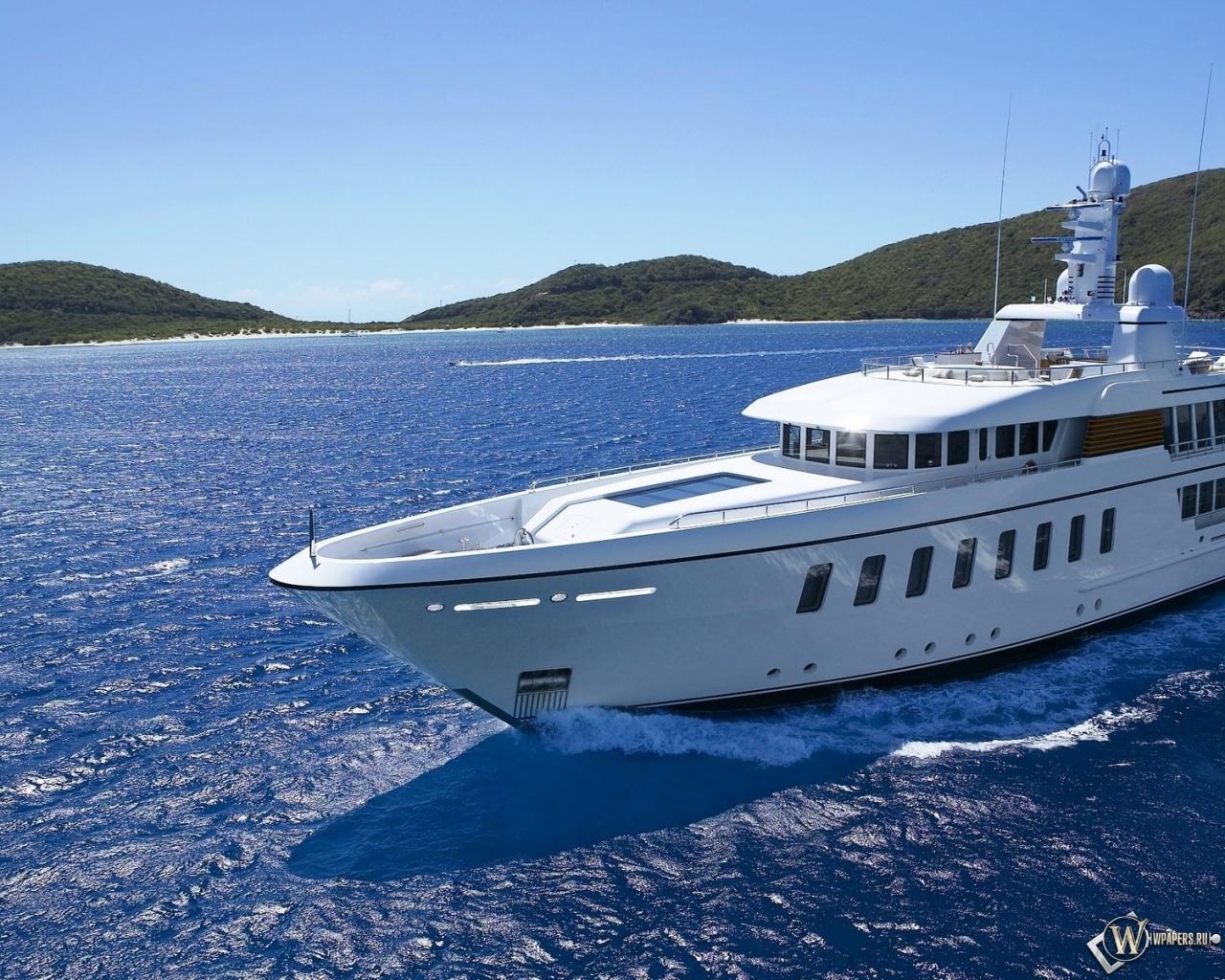 Белая яхта 1280x1024