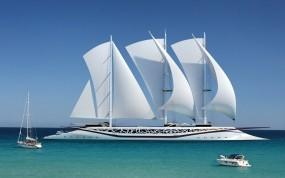 Шикарное парусное судно