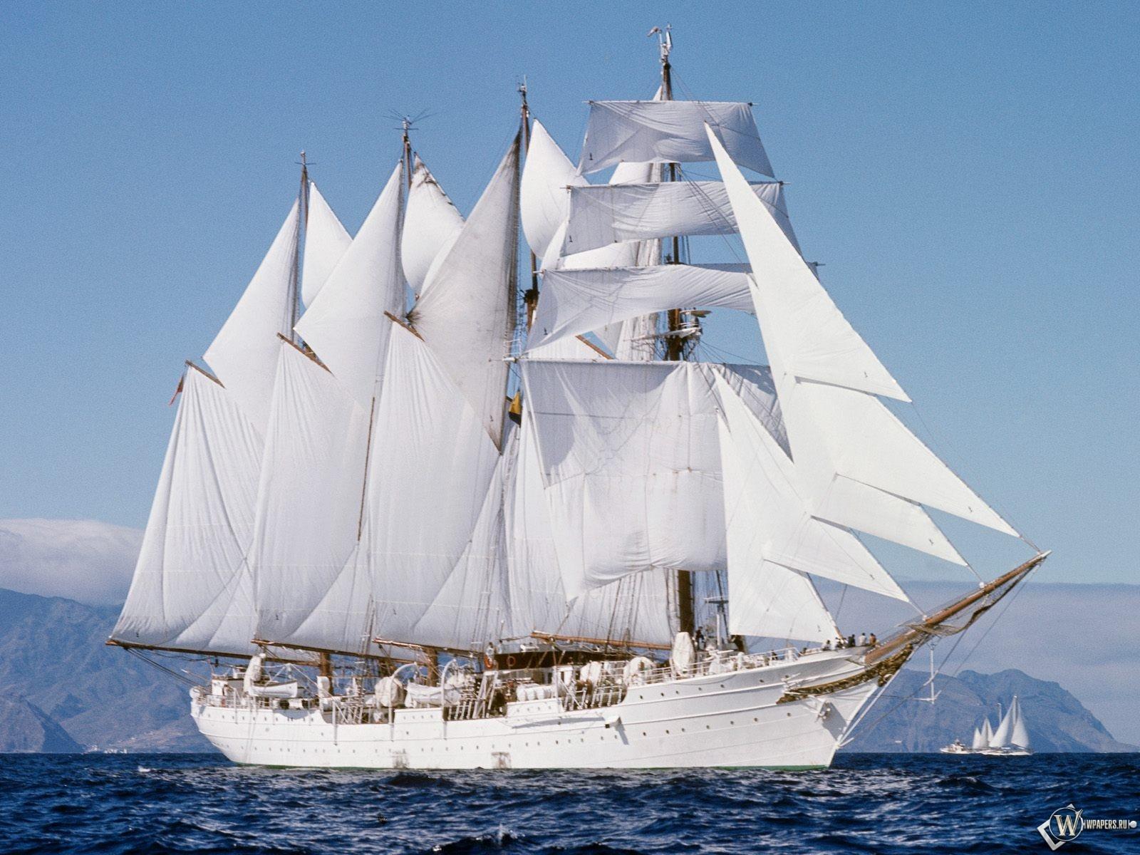 Картинка корабль в море